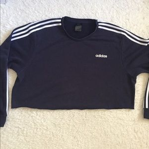 Adidas Navy sweatshirt cropped